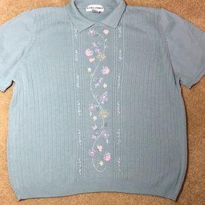 Super cute short sleeve knit top. Size 2X